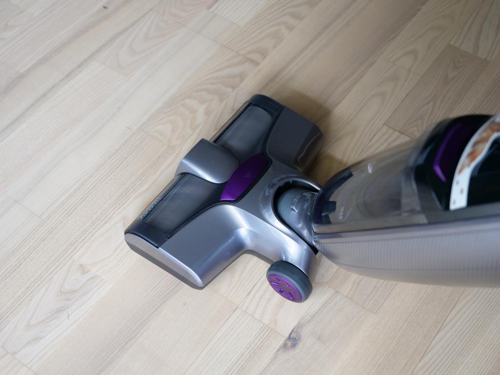 Jimmy PowerWash HW8 Pro - recenzja odkurzacza mopującego - mopowanie drenianej podłogi